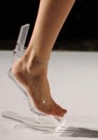 Prima Pereche de Pantofi invizibili!