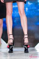 Mihai Albu, inclus in World Records Academy pentru crearea celor mai inalti pantofi din lume