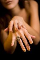 Ce spune culoarea unghiilor despre tine