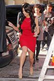 kim_kardashian_poarta_spanx.jpg