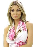 Lili Sandu va fi  domnisoara de onoare la nunta Ilenei Lazariuc