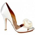 Pantofi de mireasa albi sau colorati?
